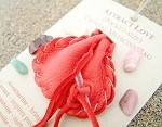 Attract Love pocket-size Crystal Medicine Bag
